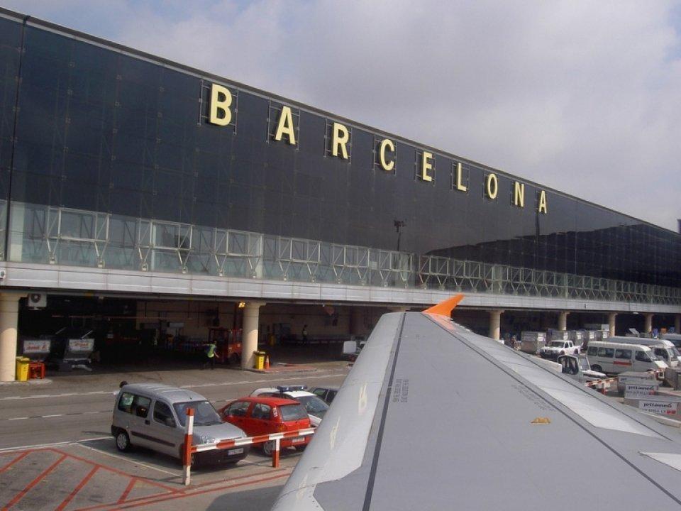 En febrero el Aeropuerto de Barcelona El Prat mantiene su vigorosa recuperación.