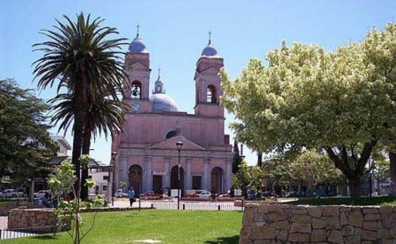 Argentina abre consulado permanente en Maldonado para turistas y residentes
