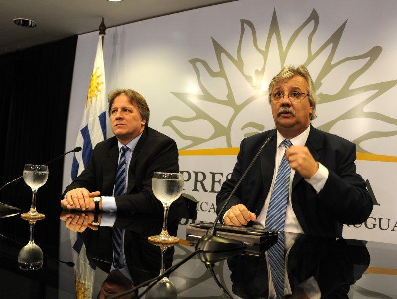 Ministros Lorenzo y Pintado dan explicaciones en conferencia de prensa