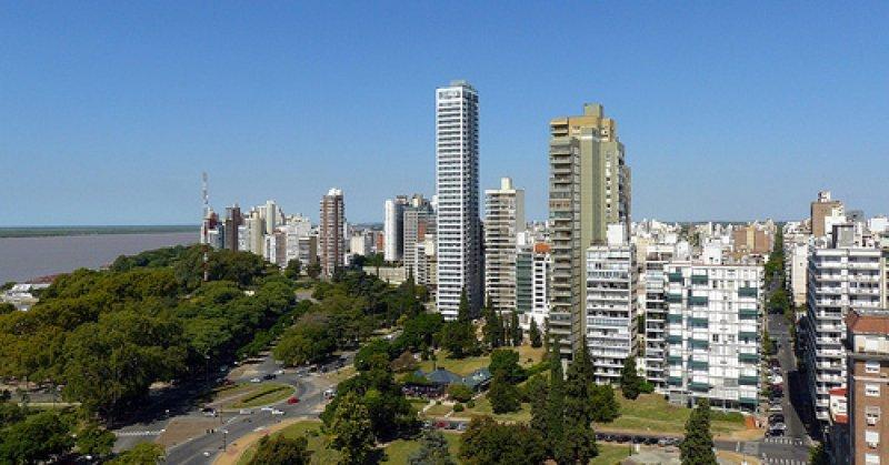 Cinco frecuencias unen a la ciudad santafesina con Montevideo