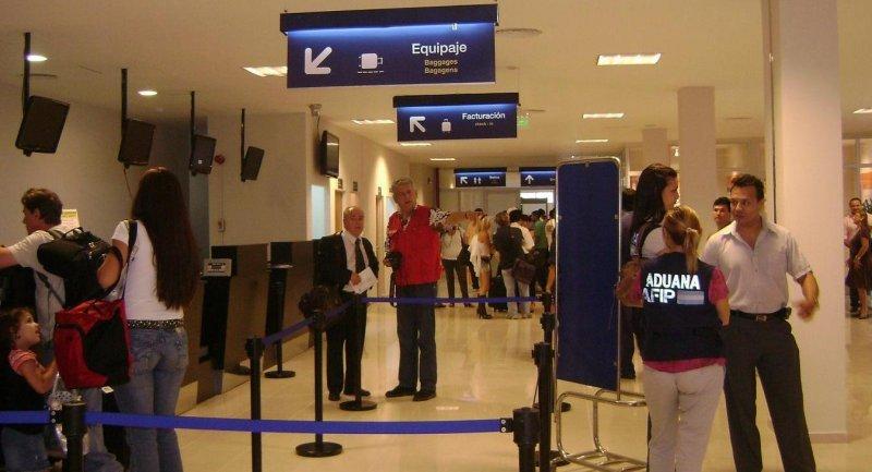 El 85% de los turistas que salieron de Argentina no contrató paquetes en el exterior