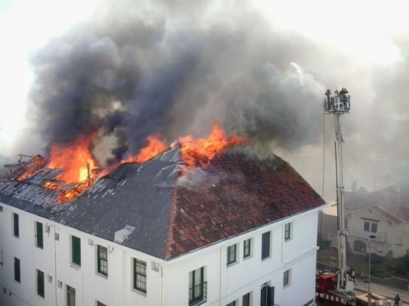 Se incendia ex hotel Biarritz de Punta del Este
