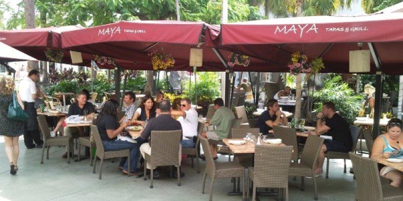Restaurante de Miami cobra en pesos a turistas argentinos.