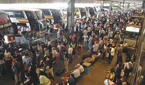 Levantan corte frente a la Terminal de Retiro y se normaliza la salida de ómnibus.