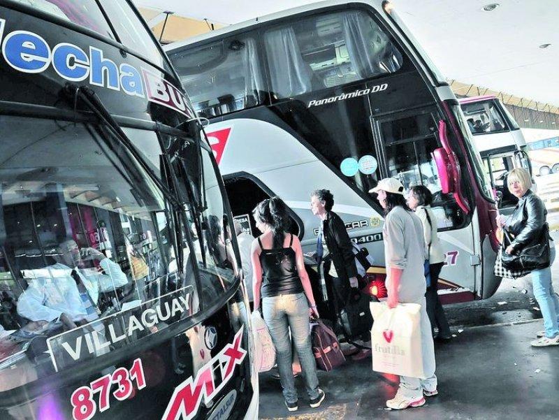 Empresas de ómnibus deberán respetar los cuadros tarifarios