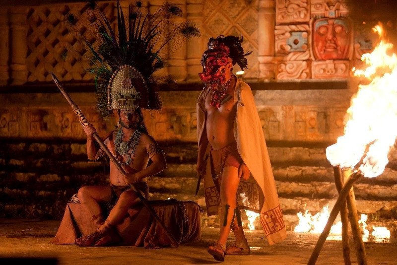 Recreación de ritos mayas.