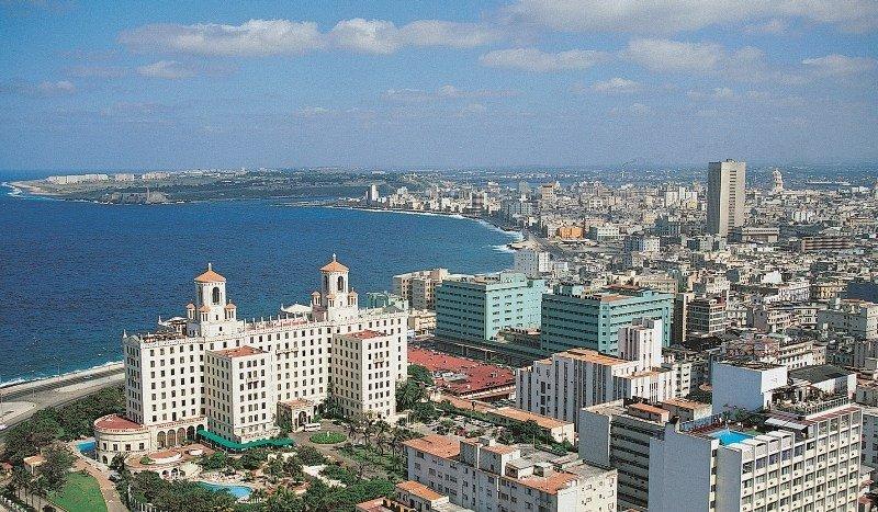 Cuba recibe casi un 5% más de turistas en 2012