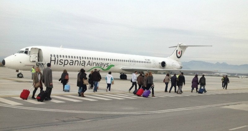 Hispania Airways ha operado apenas dos semanas, aunque asegura que reiniciará su actividad 'en breve'