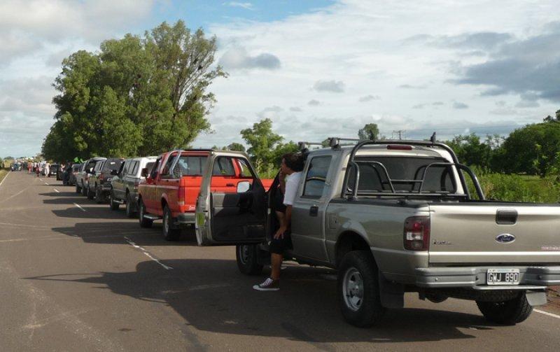 Firman acuerdo para agilizar tránsito fronterizo entre Argentina y Uruguay.