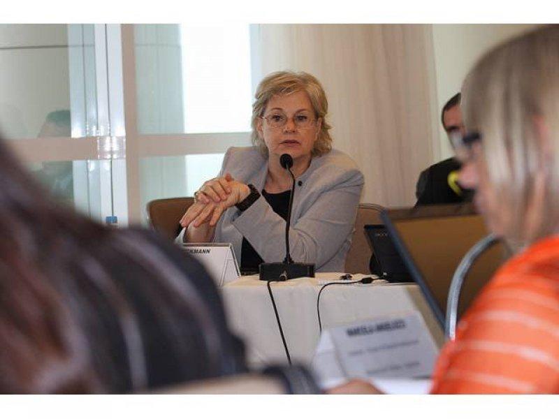 Brasil y Uruguay capacitarán personal bilingüe para atender al turismo