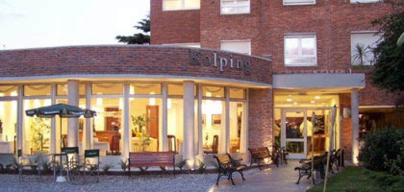 En el Hotel Escuela Kolping se hacen las prácticas laborales de la licenciatura de la Universidad Católica