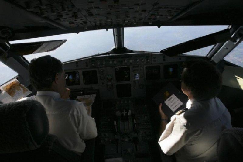 Los pilotos consideran imprescindible frenar la fusión de Iberia con British Airways para que la aerolínea española no desaparezca