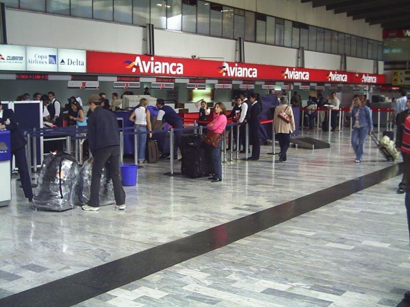 Compañías afirman que mejorarán procesos en aeropuertos: embarque y gestión de equipajes