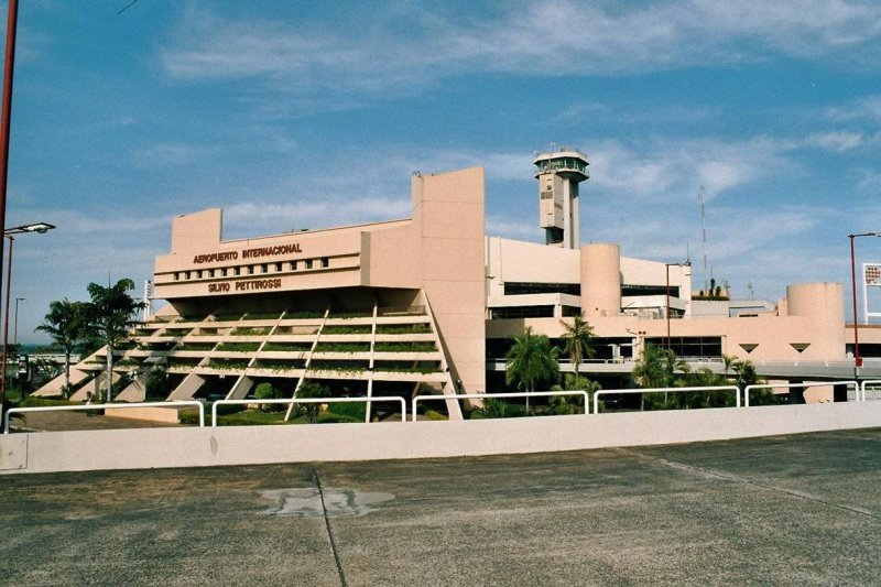 Aeropuerto Petirossi de Asunción