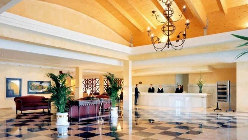 Hotelería y restaurantes, entre las actividades con mayor aumento en la remuneración.