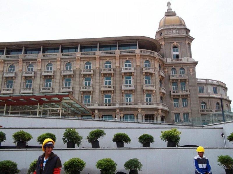 Concesionarios del hotel Carrasco no consiguieron terminar la obra en los plazos estipulados