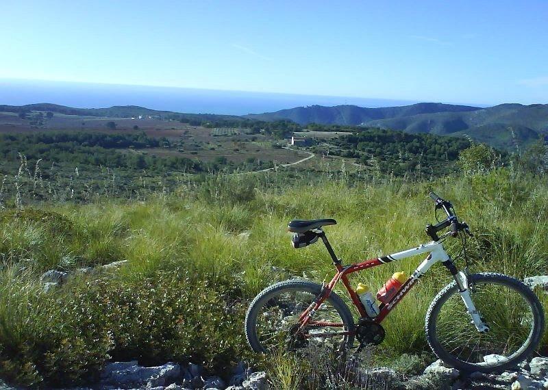 Las rutas en bicicleta de montaña han ganado mucha popularidad en la última década.