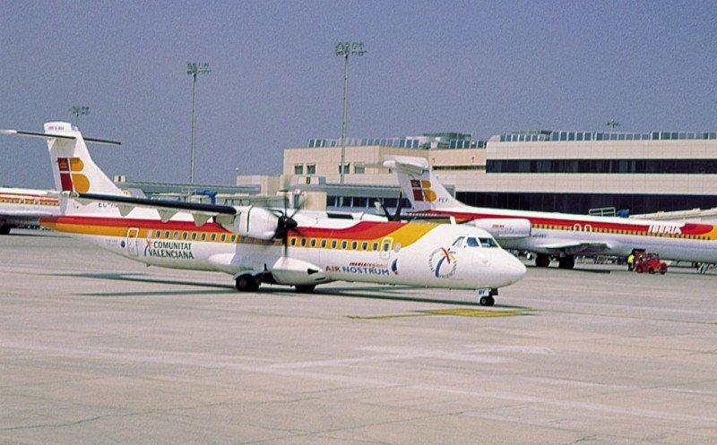 Air Nostrum prolonga las negociaciones y dice que no ajustar salarios sería 'irresponsable'