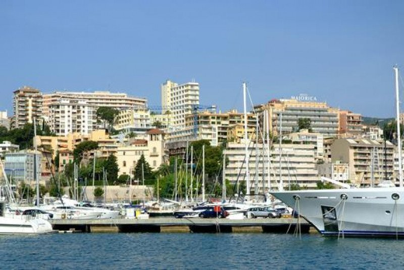 Palma de Mallorca crece como destino de city break desde el mercado británico.