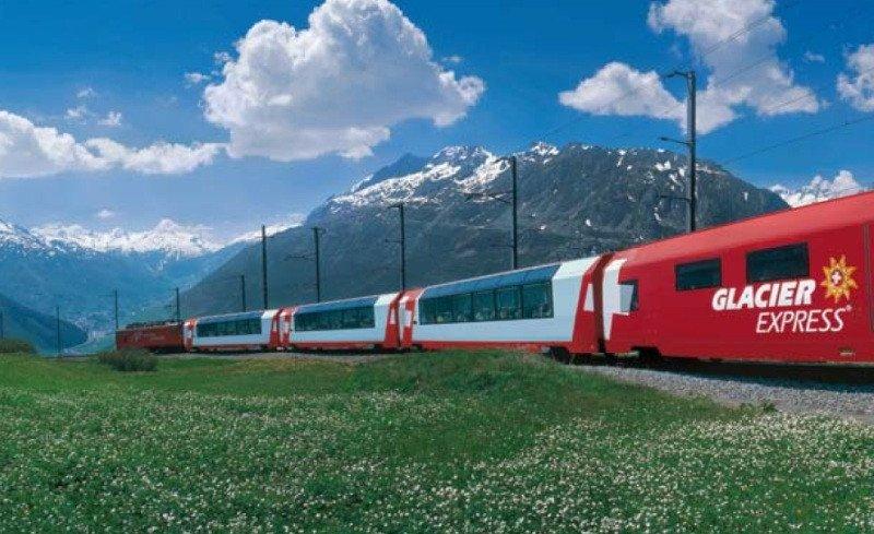 Reuniones de empresa a bordo de trenes, una experiencia que ofrece Suiza.