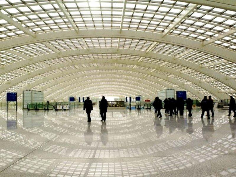 China construirá un segundo aeropuerto internacional en Beijing para descongestionar el actual, el sgeundo de mayor tráfico del mundo.