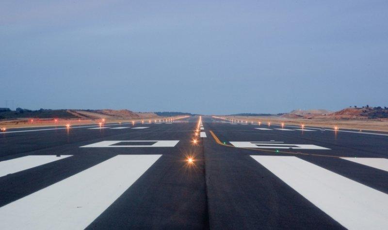 Pistas del aeropuerto de Castellón donde se han realizado las pruebas automovilísticas.