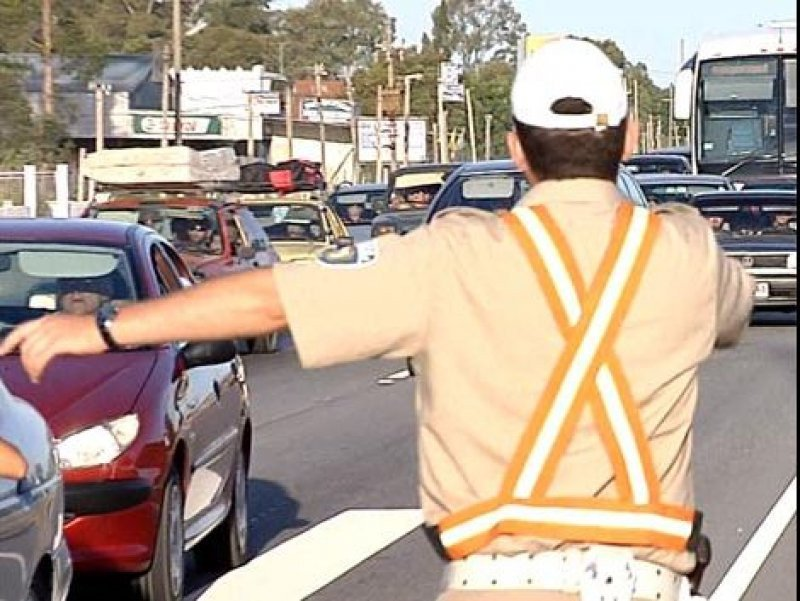 El tránsito es intenso en las rutas turísticas de Uruguay (Foto: Subrayado)