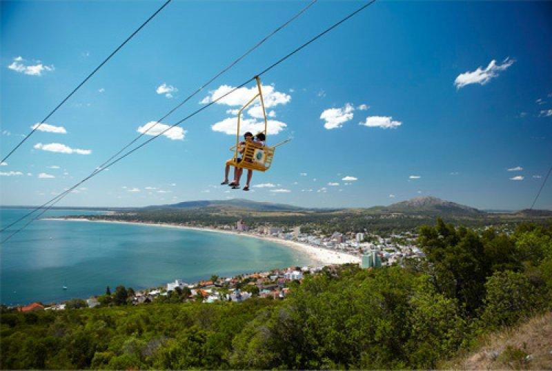 El balneario de los cerros muestra buena ocupación en hoteles e impacto positivo de beneficios para extranjeros y uruguayos