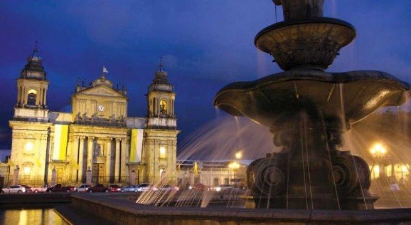 Los pacientes internacionales ahorran en Guatemala 'hasta un 70% de lo que gastarían en sus países de origen'