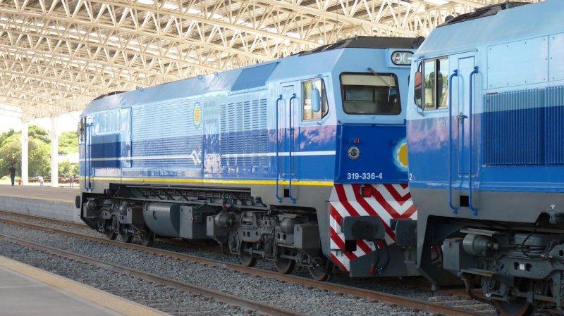 El gobierno no descarta nacionalizar el servicio ferroviario.