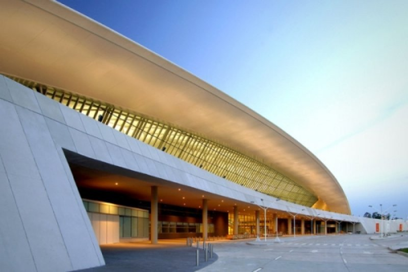 Puertas del Sur S.A mantiene la concesión del aeropuerto de Carrasco hasta 2033.