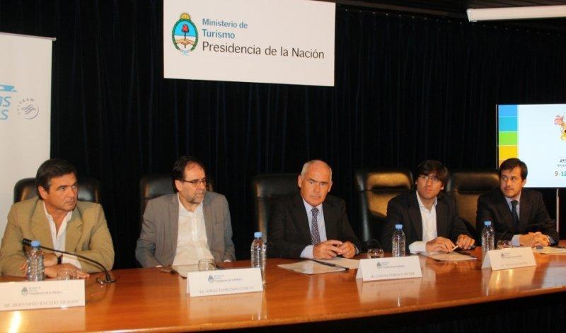 De izq a der.: Bernardo Racedo Aragón, Jorge Coscia, Enrique Meyer, Diego Bossio, Mariano Recalde.