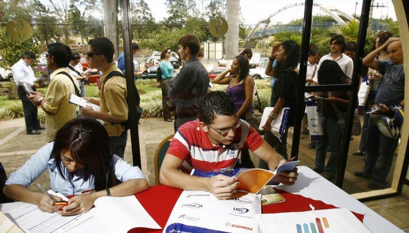 La generación de empleo formal en Brasil fue la menor en tres años.