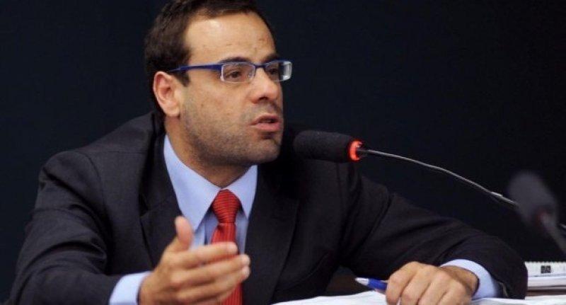 Carlos Daudt Brizola, ministro de Trabajo de Brasil.