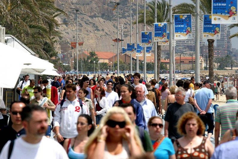 OMT espera llegar a los 1800 millones de turistas internacionales en 2030