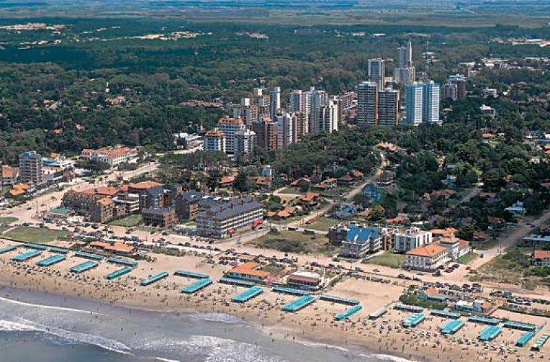 Tanto Pinamar como Mar del Plata y Cariló acusan un enero flojo en movimiento y gasto de turistas