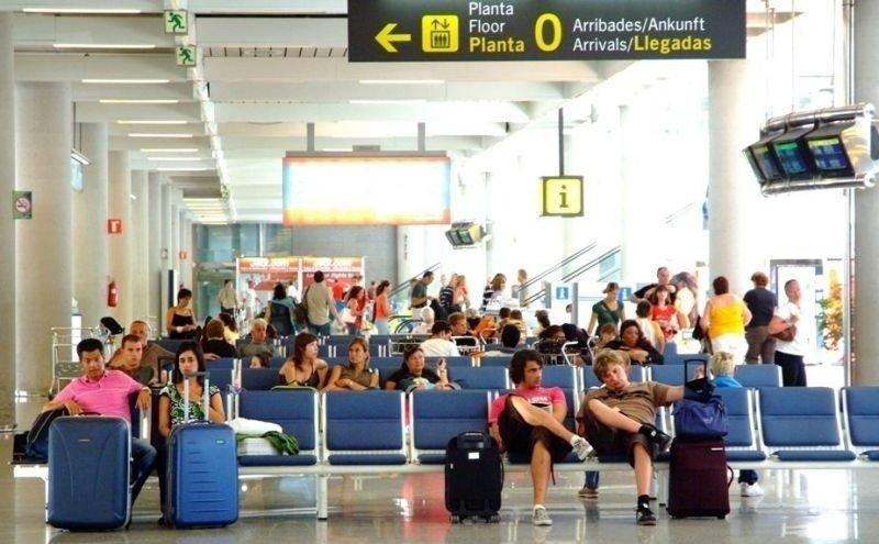 El año 2012 cierra con el tercer mejor dato de llegadas internacionales tras 2007 y 2006.