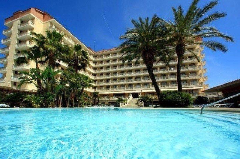 La comercialización de los hoteles de playa está en manos de las online y la venta directa.