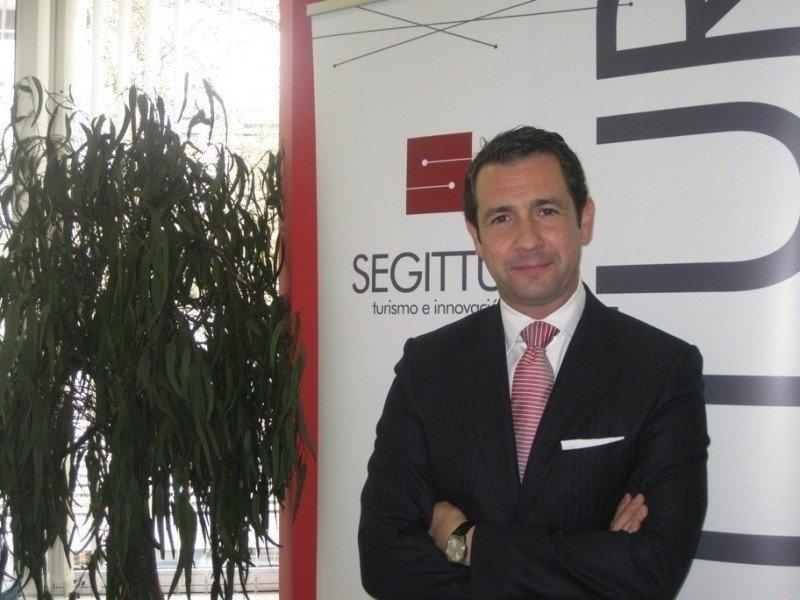 El presidente de Segittur, Antonio López de Ávila, se ha mostrado gratamente sorprendido por la calidad de los proyectos presentados a Emprendetur.