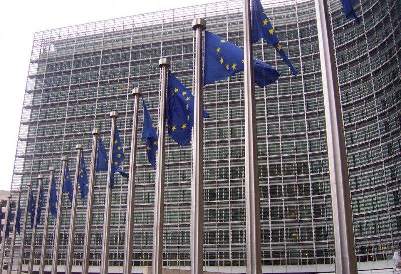 Bruselas pide a las agencias que promocionen el número europeo de emergencias 112