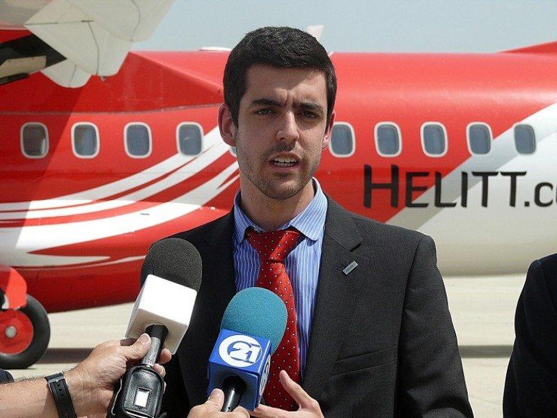 El presidente de Helitt hizo el anuncio desde Mérida, admitiendo los 'problemas internos' que tiene la empresa.