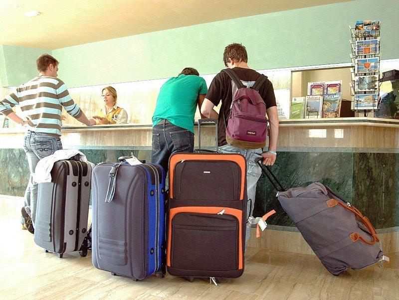 Orizonia: Los hoteleros, preocupados por las deudas y la situación de las reservas.