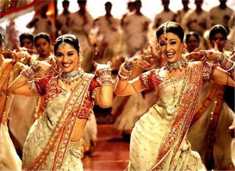 La empresa promotora del futuro parque ya ha cerrado contratos con dos grandes estudios de Bollywood para incluir una decena de películas indias en su tematización.