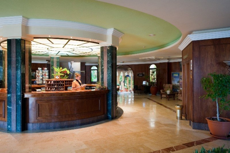 Orizonia: Los hoteleros recomiendan no atender más reservas.