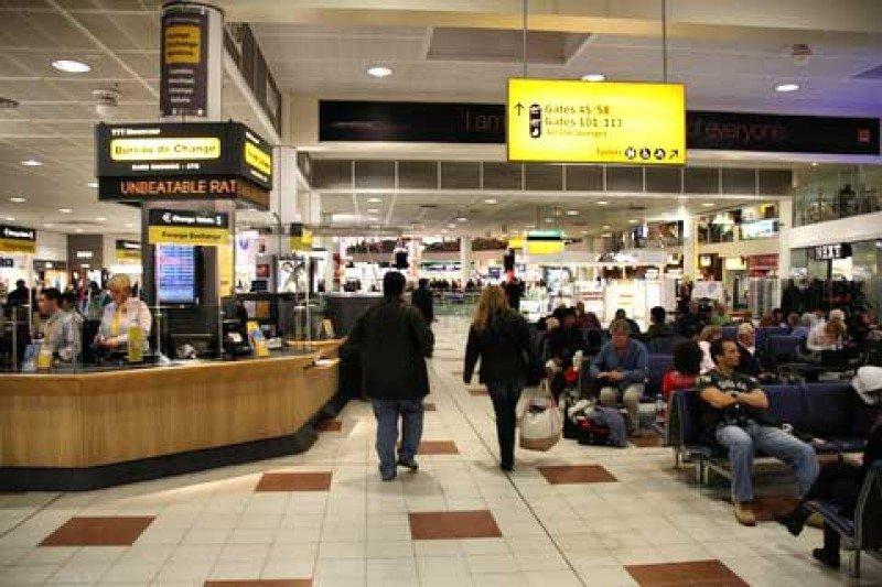 ABTA dice a los aeropuertos británicos en qué deben gastar el dinero