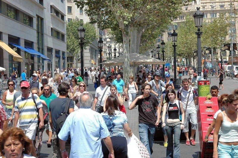 Barcelona obtiene los mayores ingresos por habitación de España entre destinos urbanos.