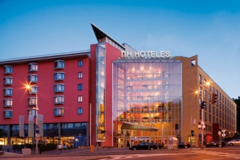 NH Hoteles sufrió pérdidas de 292 M € en 2012