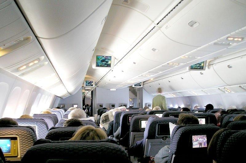 Demanda contra Continental por no aceptar efectivo en sus vuelos fue rechazada