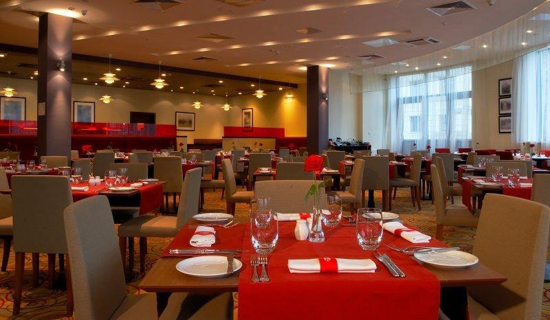 Hoteles y Restaurantes, el sector que mayor empleos concentró en Colombia