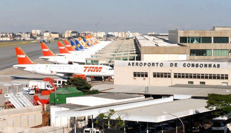 Brasil propone endurecer exigencias de uso de aeropuertos a aerolíneas.
